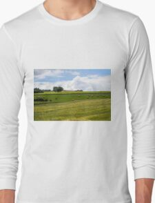 Rolling green hills with trees Photographed in Tuscany, Italy Long Sleeve T-Shirt