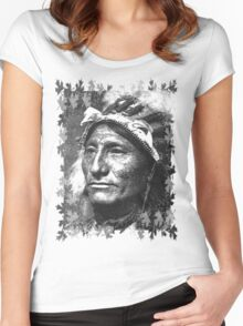 Vintage Native American Portrait In Black and White Women's Fitted Scoop T-Shirt