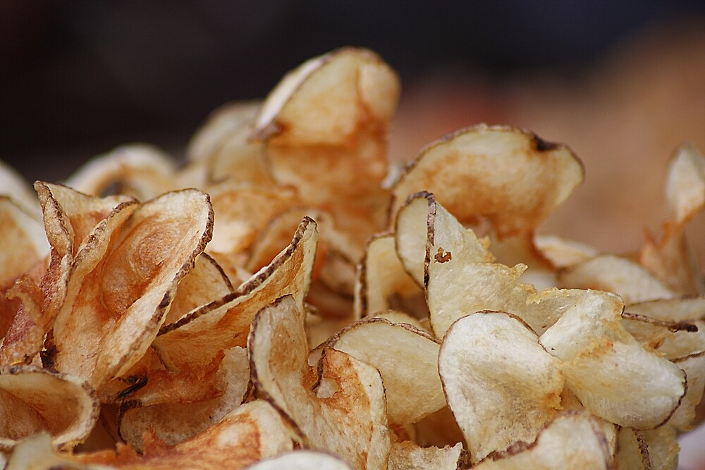 Yummy Home-Made Potato Chips (No one can eat just one) by rasnidreamer
