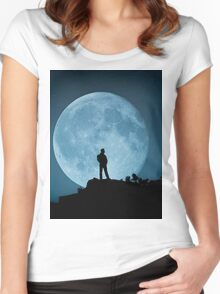 The Man in the Moon Women's Fitted Scoop T-Shirt