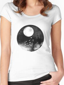 CIRCLE ART - MOON NIGHT DEER Women's Fitted Scoop T-Shirt
