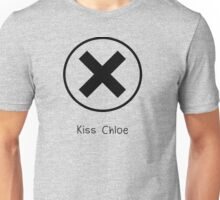 X to Kiss Chloe Alt. (Life is Strange Unisex T-Shirt