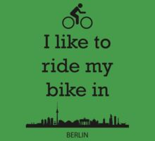 Biking in Berlin by ZsaMo