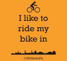 Biking in Copenhagen by ZsaMo