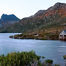 Morning light - Cradle Mountain by Stephanie Johnson
