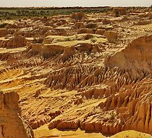 Walls of China - Lake Mungo National Park, NSW by PC1134