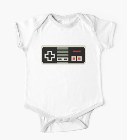8 bit NES controller One Piece - Short Sleeve