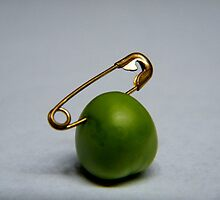 pearcing...  by rinodelvecchio