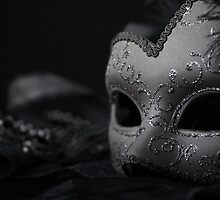 Venetian Mask by torishaa