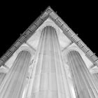 Lincoln Memorial - Corner by Pschtyckque