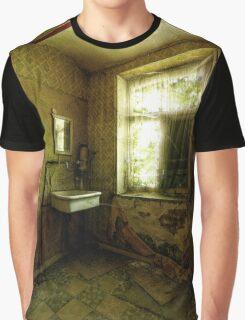 Maison des anciens Graphic T-Shirt