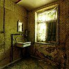 Maison des anciens by yanshee