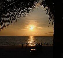 Patong Beach Thailand by suzaan