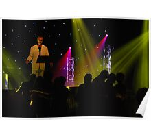 Gray sings at Twin Towns Poster