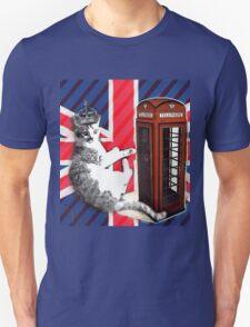 uk union jack flag london telephone booth funny royal kitty cat Unisex T-Shirt