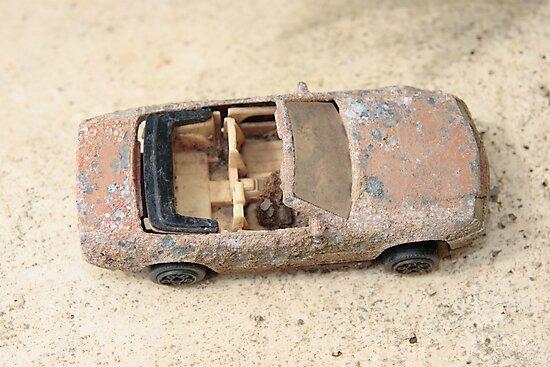 rusty classic car by morrbyte
