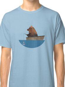 Cheltenham the Bear: Fishing Trip Classic T-Shirt