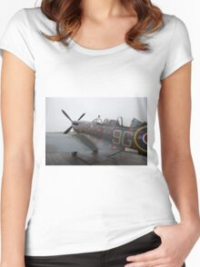 Spitfire TR9 MJ627 adorned with Poppies in a flying tribute to all those who died or suffered during two World Wars Women's Fitted Scoop T-Shirt