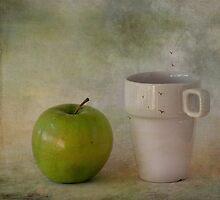 With green apple by Þórdis B.