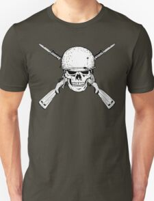 WW II M1 Carbine Jolly Roger T-Shirt
