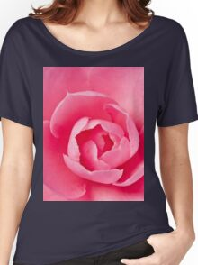 Macro Camellia Women's Relaxed Fit T-Shirt