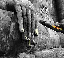 Buddha Sudbuing Mara by SerenaB