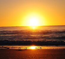 The promise of a great day ahead - Apollo Bay, Victoira by Heather Samsa