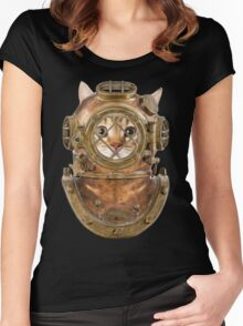 DiverCat Women's Fitted Scoop T-Shirt