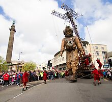 Liverpool - Sea Odyssey - Giant Spectacular - Diver Uncle at St George's Hall by Fotopia