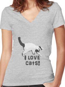 I love cats! (Black & White) Women's Fitted V-Neck T-Shirt