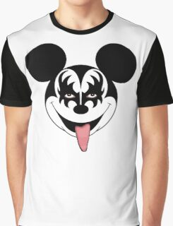 Mickey Kiss Graphic T-Shirt