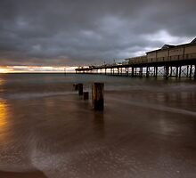 Teignmouth Pier by cieniu1