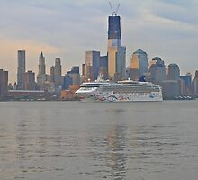 Cruise Ship Norwegian Star on the Hudson Rv. by pmarella