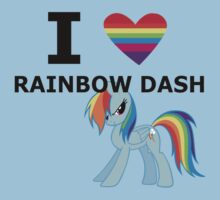 I Heart Rainbow Dash by mikeAguy1