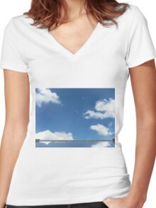 cloud mirror Women's Fitted V-Neck T-Shirt