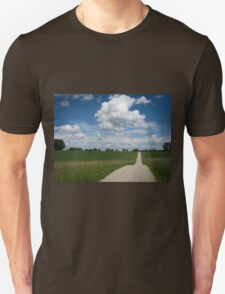 country lane with cumulus T-Shirt