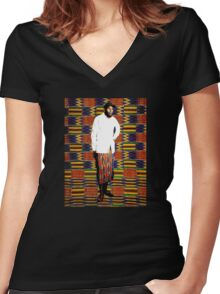 Mos Def in Kente Cloth Women's Fitted V-Neck T-Shirt