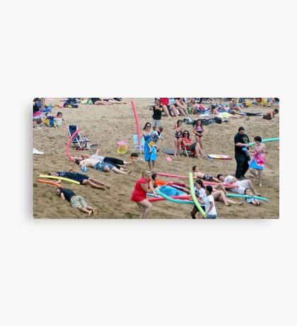 Noodle War at Surf 6 Canvas Print