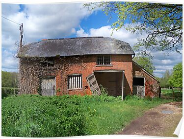Old Farm Building by hootonles