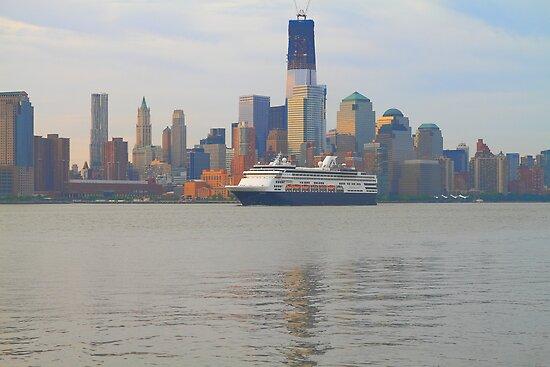 Cruise Ship Veendam on the Hudson Rv. by pmarella