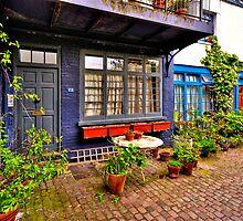 South Kensington 4 by Adri  Padmos