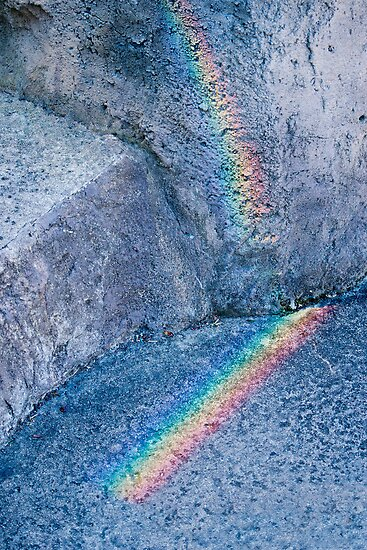 Rainbow rock by Antoine de Paauw