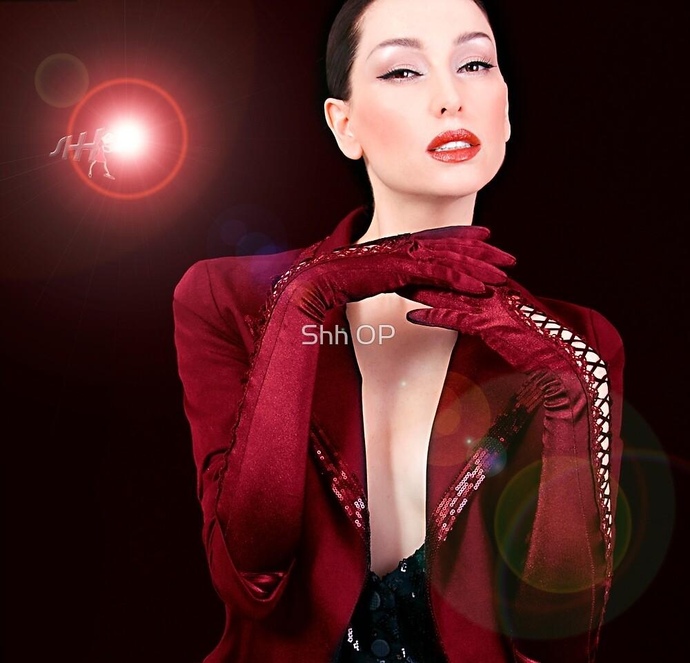 Cabaret Singer  by shhevaun