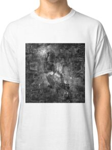 When The Stars Are Right - M78 in Orion (black & white version) Classic T-Shirt