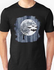 Creepy nocturnal landscape T-Shirt