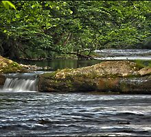 Waterfall 2 by pchelptips