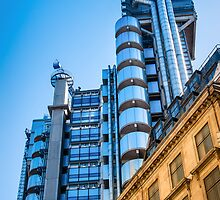Lloyd's by Robert Dettman