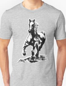 Horses run in her blood Unisex T-Shirt