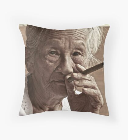 Still smoking Throw Pillow