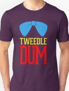 Tweedle dee and tweedle dum. T-Shirt